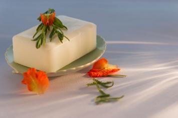 sapone per pelle secca1.jpg